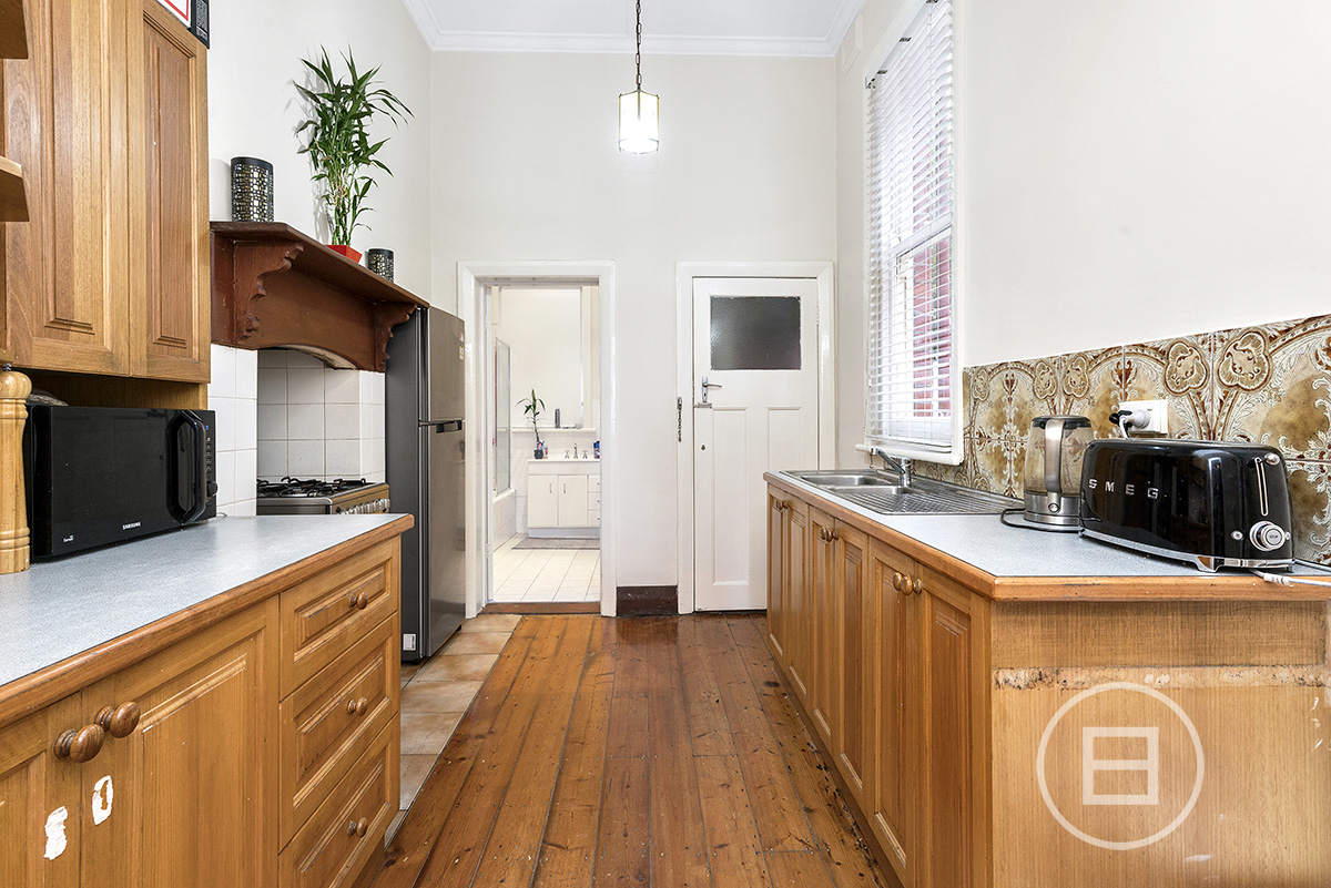 2/244 Beaconsfield Parade, MIDDLE PARK 3206