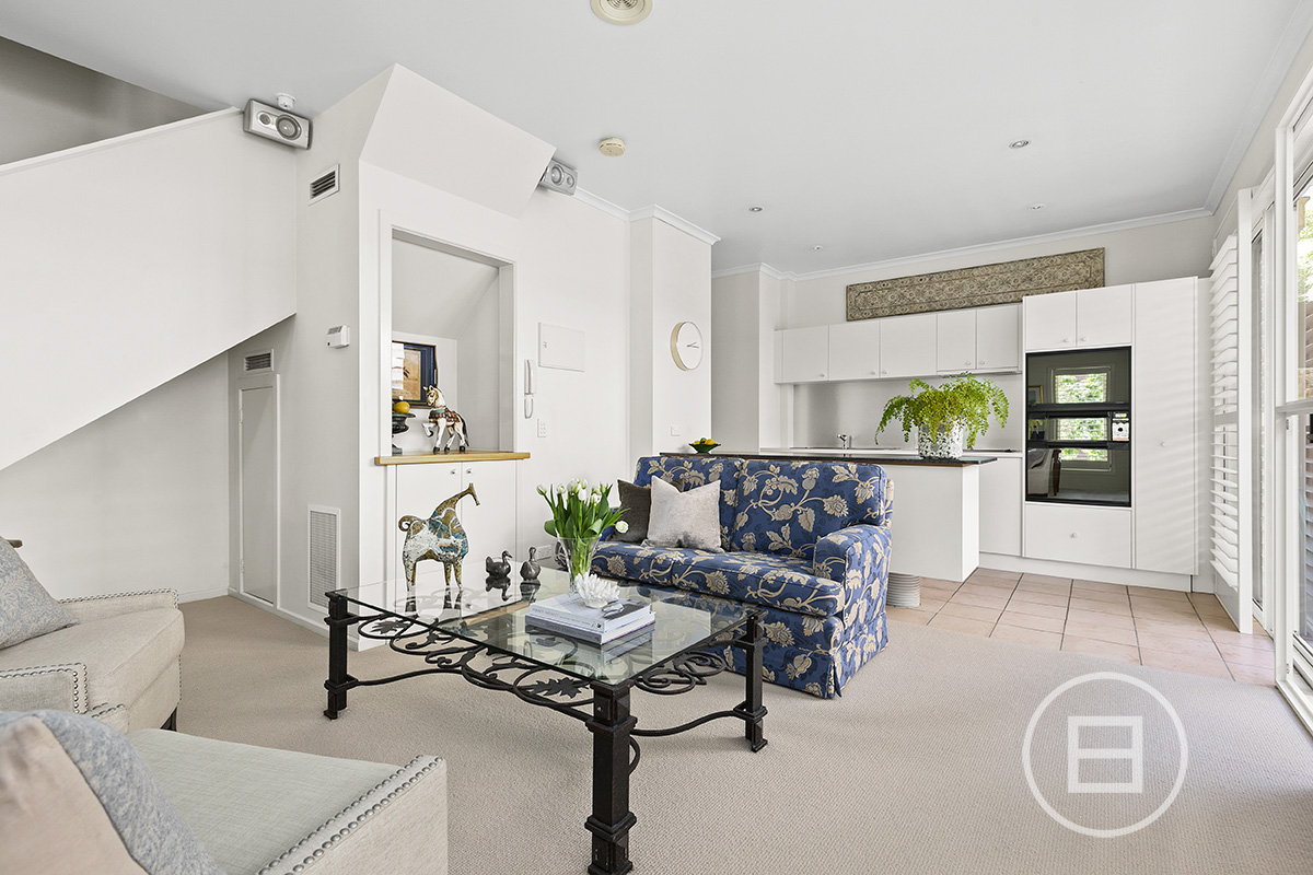 300 Canterbury Road, ST KILDA WEST 3182